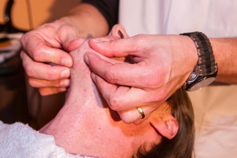 Massage na de scheerbeurt