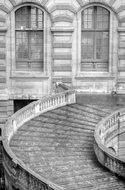 Escadaria - Louvre