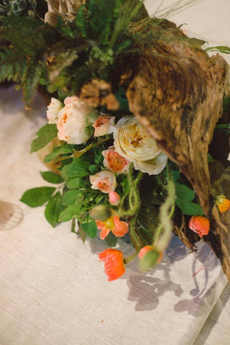 wedding-centerpieces-driftwood-storied-events.jpg