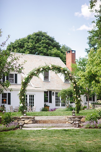 vermont-private-estate-weddings-storied-events-belathee-photography