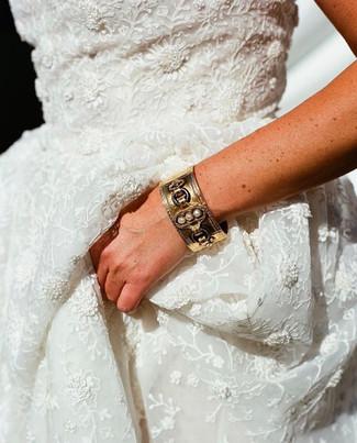 wedding-jewlery-details.jpg