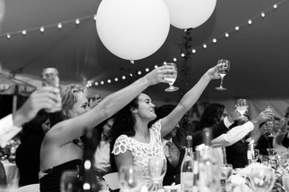 whimsical-tent-weddings.com
