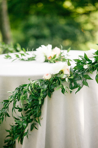 vermont-wedding-design-storied-events-birds-of-a-flower.jpg
