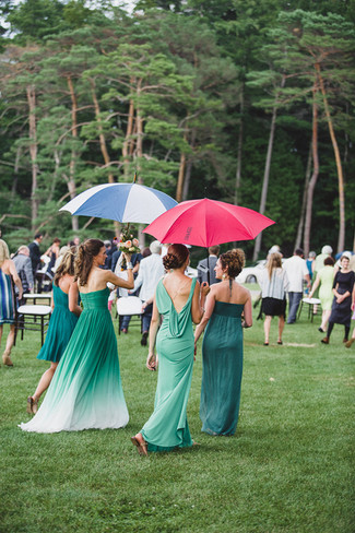 consider-rain-plans-outdoor-weddings.jpg
