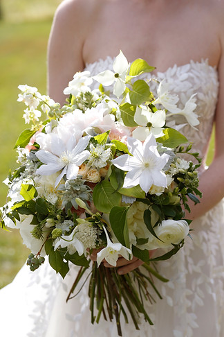 bridal-bouquet-birds-of-a-flower-storied-events-belathee-photo.JPG