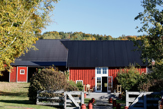 weddings-reading-farms-estate-vermont-planner-storied-events.jpg