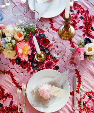 eclectic-wedding-table-decor.jpg