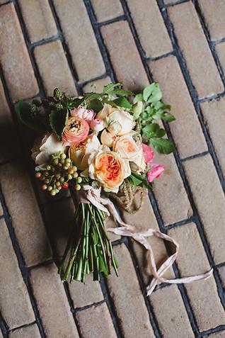 wedding-bouquet-roses.jpg