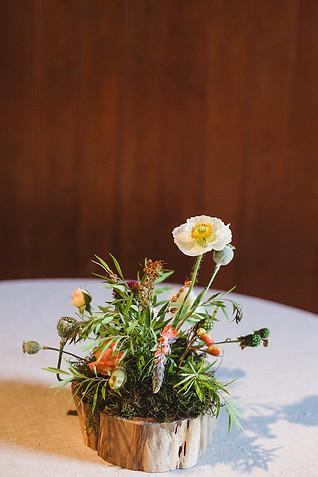 woodland-wedding-flower-idea.jpg