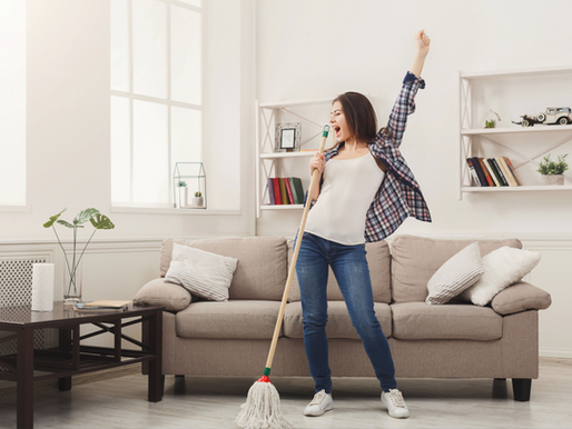 10 Ideen für mehr Spass bei der (langweiligen) Hausarbeit