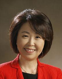 Profile Photo (closeup-small) (2).jpg
