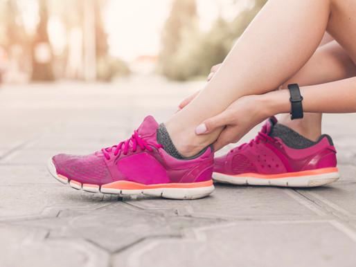 7 วิธีแก้ปวดเท้า-ปวดขา เดินเยอะ ยืนนาน มาคลายทุกความเมื่อยล้า