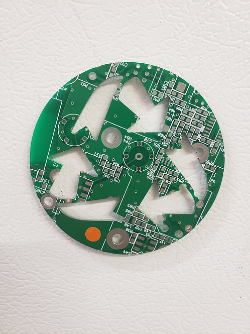Recycled circuit board magnet - Recycle symbol