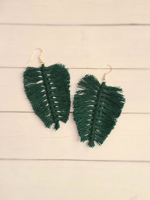 MACRAME leaf Style Earrings - Dk Green