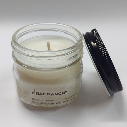 Niles Dancer Candle