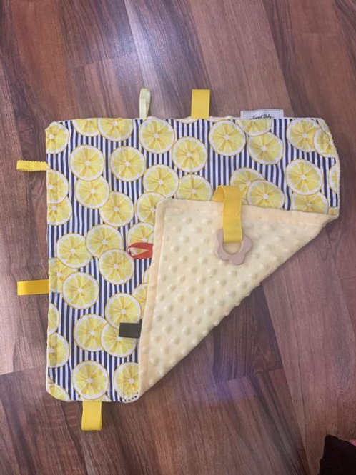 Handmade soft fabric baby blanket - lemon print