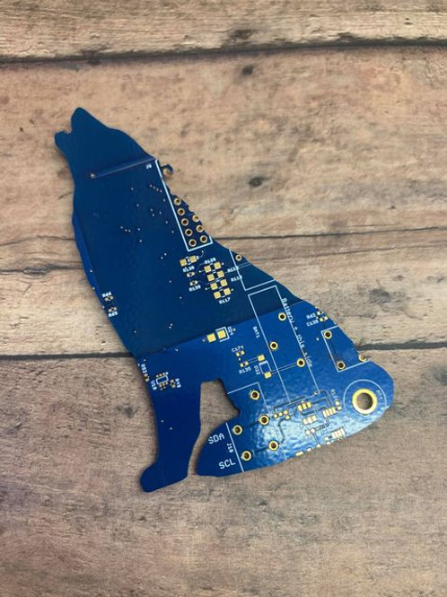 Recycled circuit board magnet - wolf
