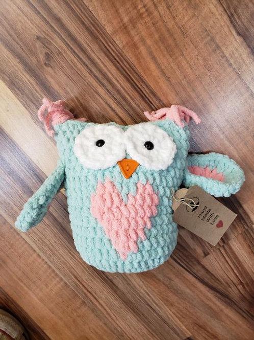 Crocheted Owl stuffie