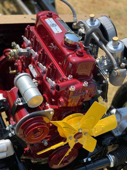 MGA engine rebuild and repaint