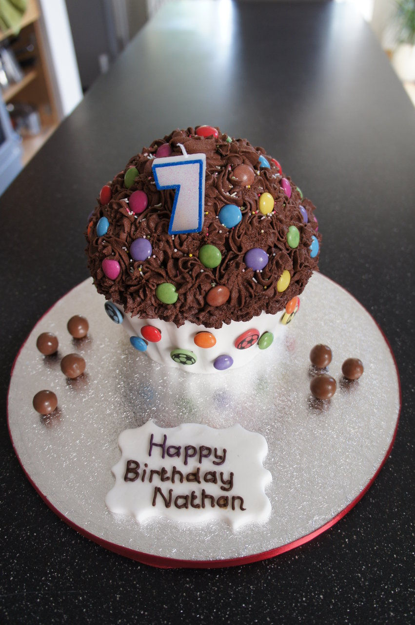 Cakes For Any Occasion London Chingford Birthday Cakes