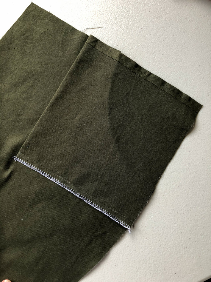 4. Curved Pockets & Side Seams