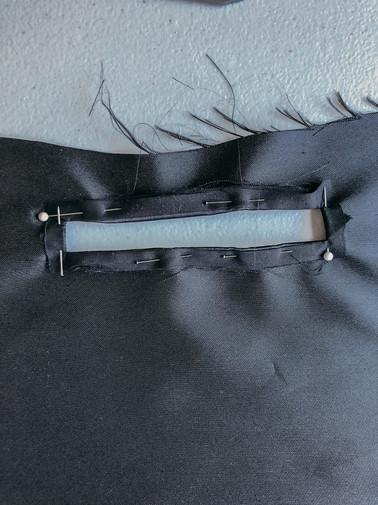 10. Front Zipper