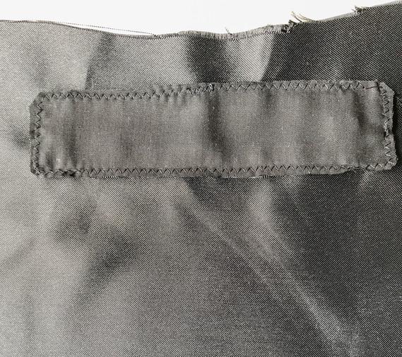 13. Front Zipper