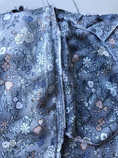 6. Invisible Zipper Side Pockets & Side Seams
