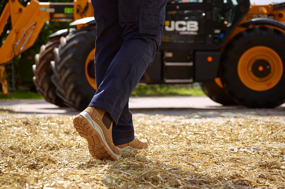 JCB-Safety-Footwear-Slip-On-Lifestyle-Im