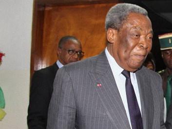 Cameroun : Le président du sénat Marcel Niat Njifenji (86 ans) évacué de nouveau