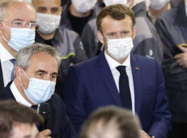 Présidentielle en France: Bertrand égratigne Macron sur le thème de la sécurité