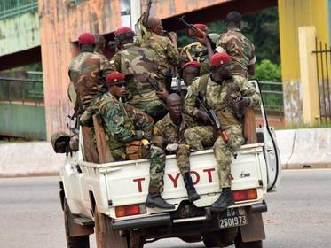 Guinée: les putschistes annoncent un couvre-feu dans tout le pays