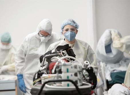 CORONAVIRUS : L'explosion des cas en Suisse étonne les pays voisins