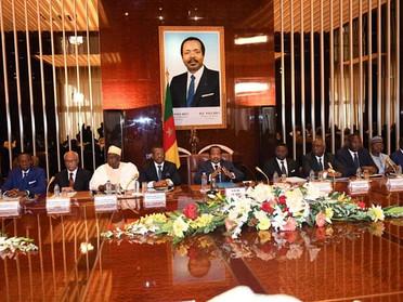 Des passeports retirés, des comptes scellés aux ministres et DG interdits de sortie du Cameroun