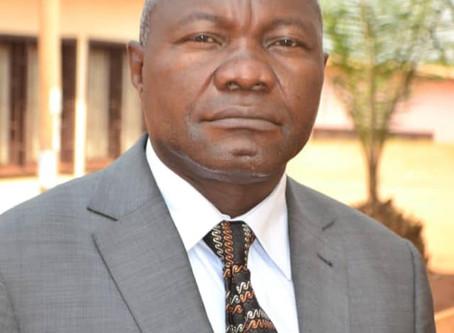 CAMEROUN : L'ENSEIGNANT QUI FOUETTAIT À LA MATCHETTE SES ÉTUDIANTS A ÉTÉ RELEVÉ DE SES FONCTIONS