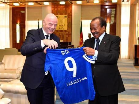 Paul Biya reçoit Gianni Infantino