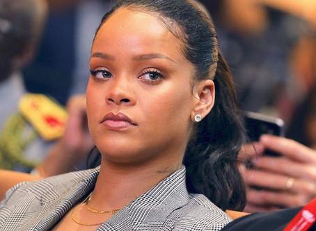 Rihanna devient l'une des artistes britanniques les plus riches