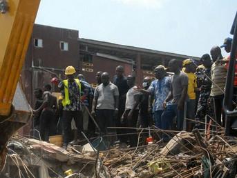 URGENT: plusieurs morts dans l'effondrement d'un immeuble à Douala