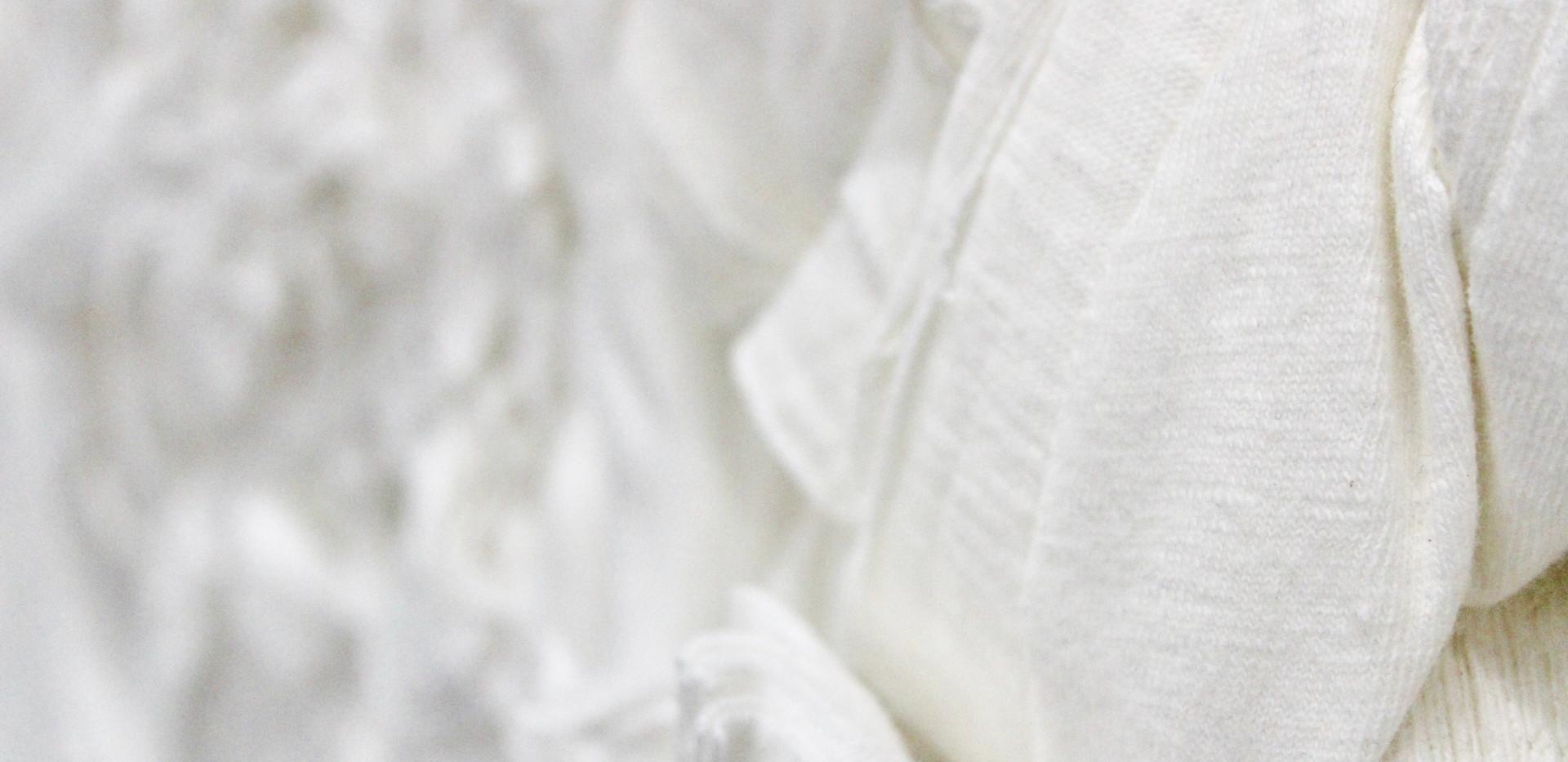 Off white 100% cotton clips