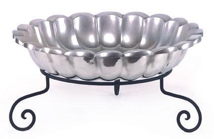 XL Round Scalloped Bowl     CHA081