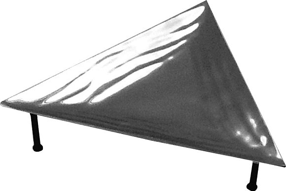 Wave Triangle Platter    T200