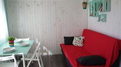 sala de estar surf house.png
