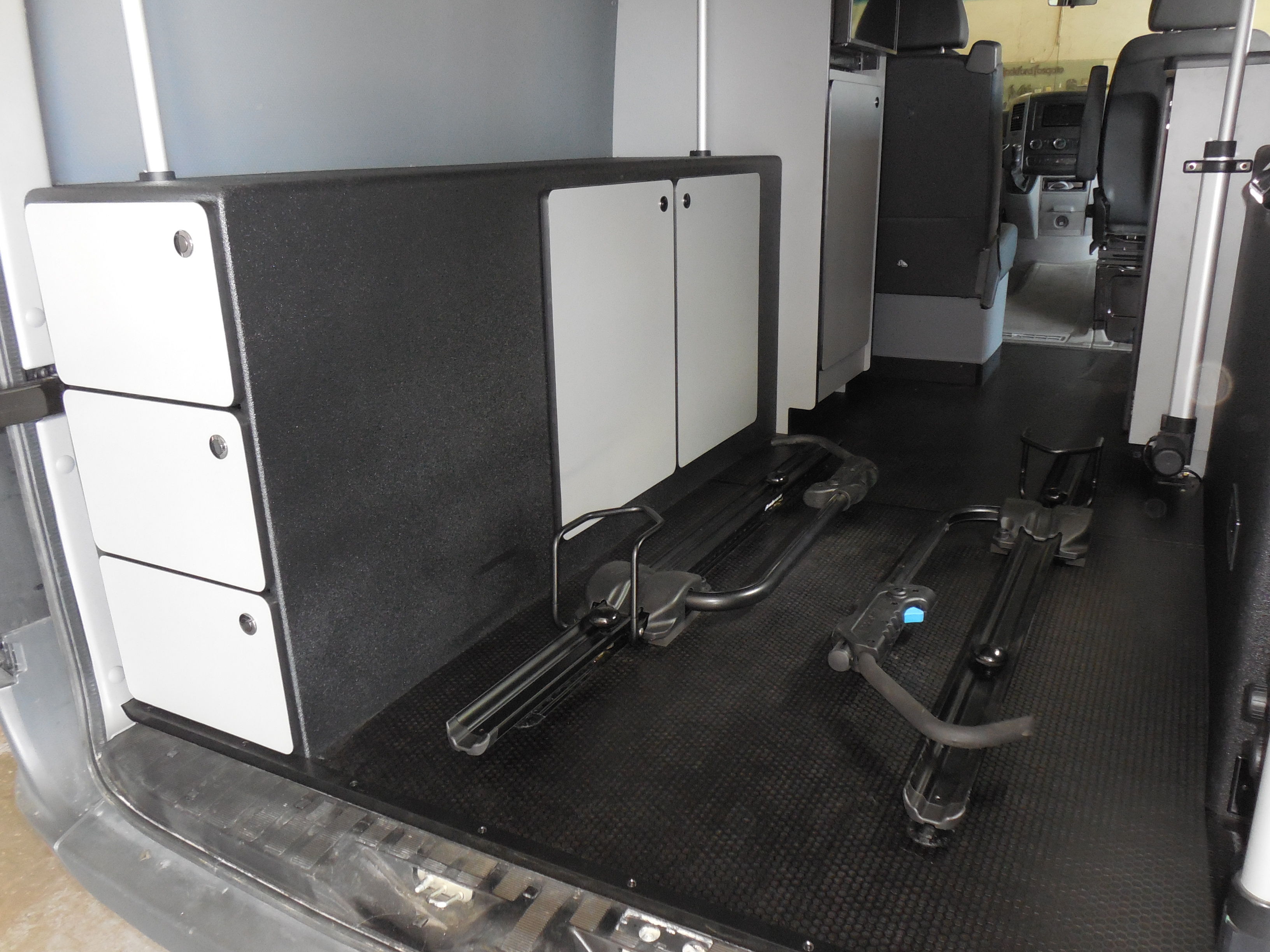 Cargo Area with Removable Bike Trays