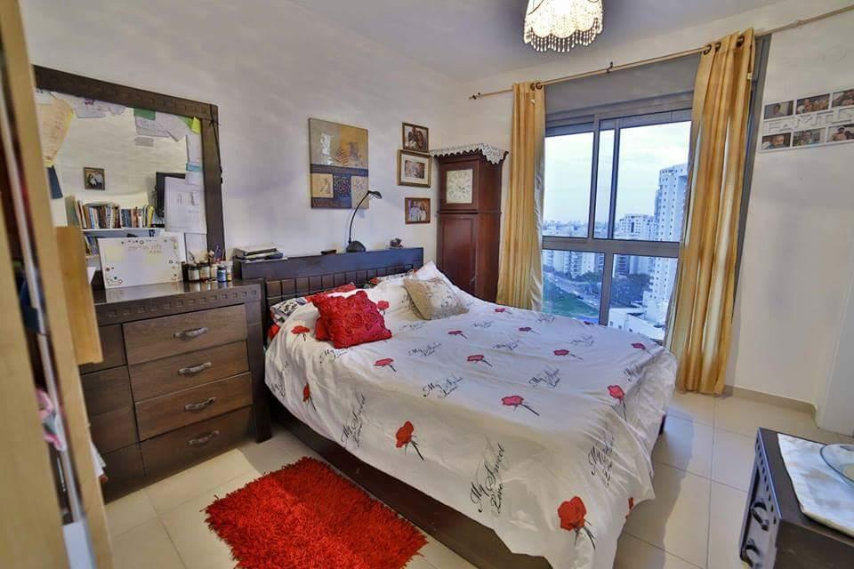 דירת 5 חדרים באהרון כצנלסון2