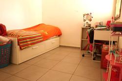 דירת 4 חדרים באם המושבות9