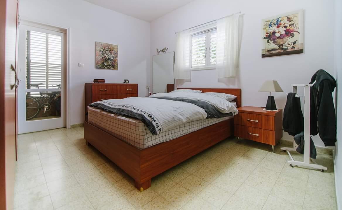 דירה למכירה 4 חדרים ברחוב ברנדה6