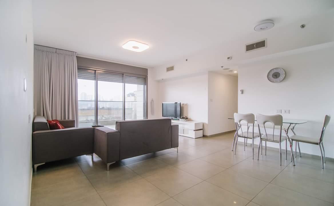 דירה למכירה 4.5 חדרים בבן צבי8