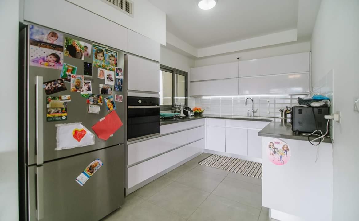 דירה למכירה 4.5 חדרים בבן צבי6