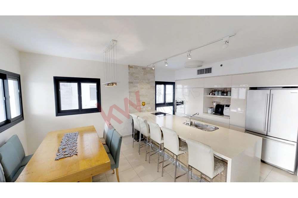 למכירה דירת 5