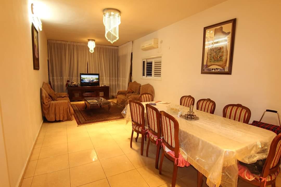 דירה למכירה 2.5 חדרים ברוטשילד2